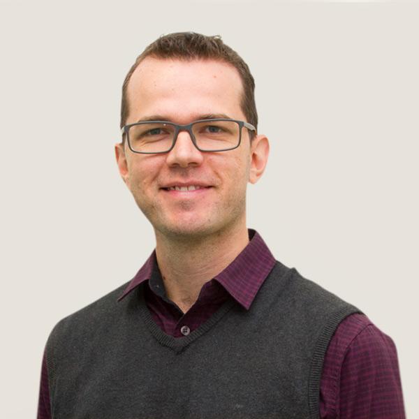 Dr Marcus Hayward